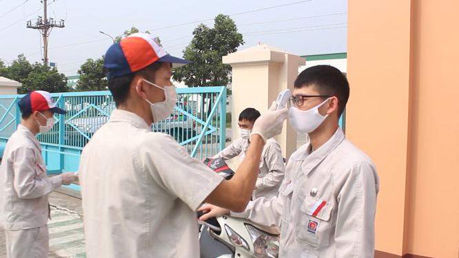Chính quyền địa phương, các khu công nghiệp: Giữ an toàn cho công nhân