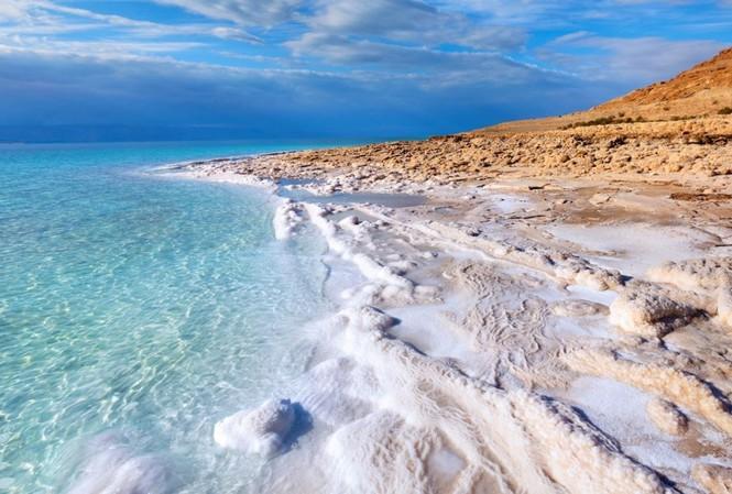 Bí mật những nguyên tố làm nên sự kỳ diệu trong bùn khoáng Biển Chết