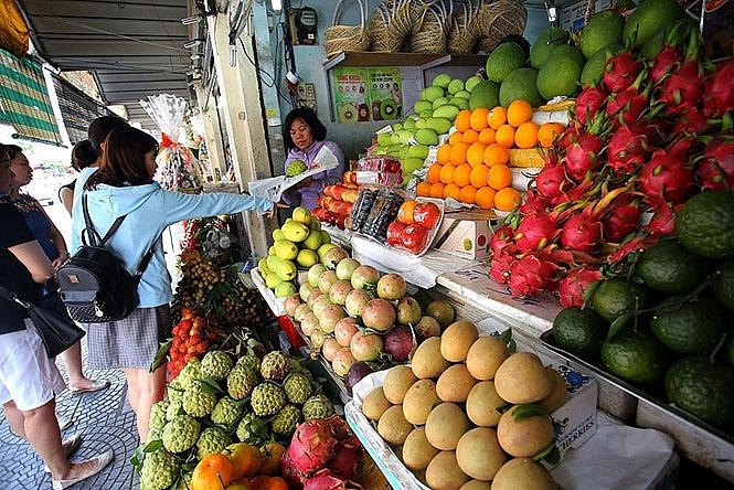 Hà Nội có 40 tuyến phố không kinh doanh trái cây dưới lòng đường, vỉa hè
