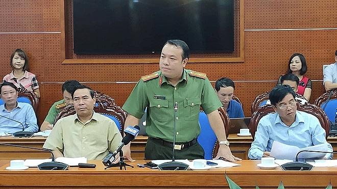 Triệu tập một số người liên quan vụ đổ thải đầu nguồn nước sông Đà