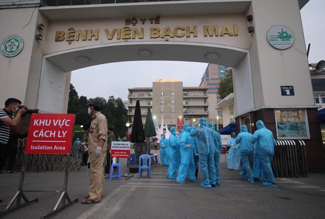 Thành ủy Hà Nội: Dồn mọi nguồn lực xử lý triệt để ổ dịch Bệnh viện Bạch Mai