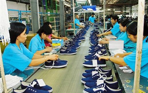 10 tháng, xuất khẩu giày dép và túi xách, đạt 17,67 tỷ USD
