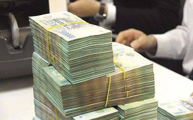 Sắp tới, lương của chồng có thể được chuyển thẳng tài khoản vợ