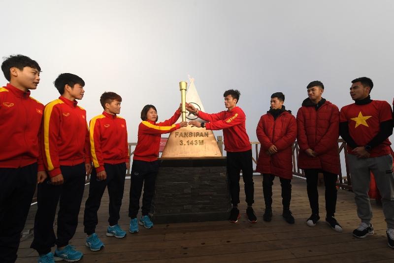 Tuyển bóng đá nam, nữ Việt Nam tại SEA Games 30 sẽ được tặng kỳ nghỉ dưỡng