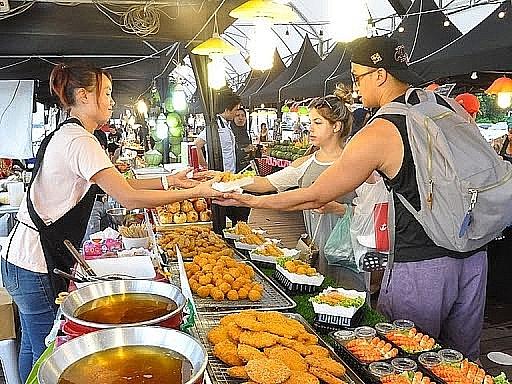 Bảo đảm an toàn thực phẩm đối với kinh doanh dịch vụ ăn uống, thức ăn đường phố