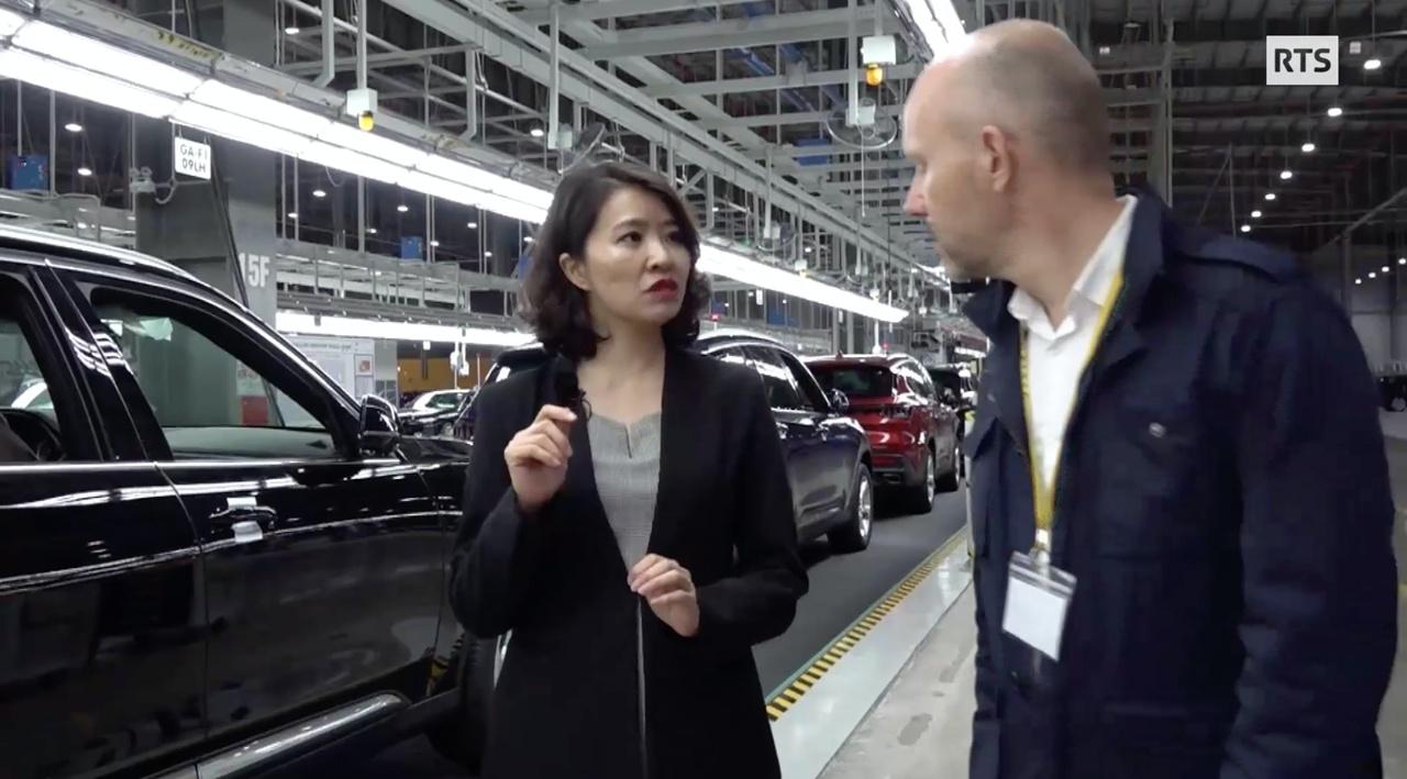 Đài truyền hình quốc gia Thuỵ Sỹ: VinFast là điểm nhấn của kinh tế Việt Nam