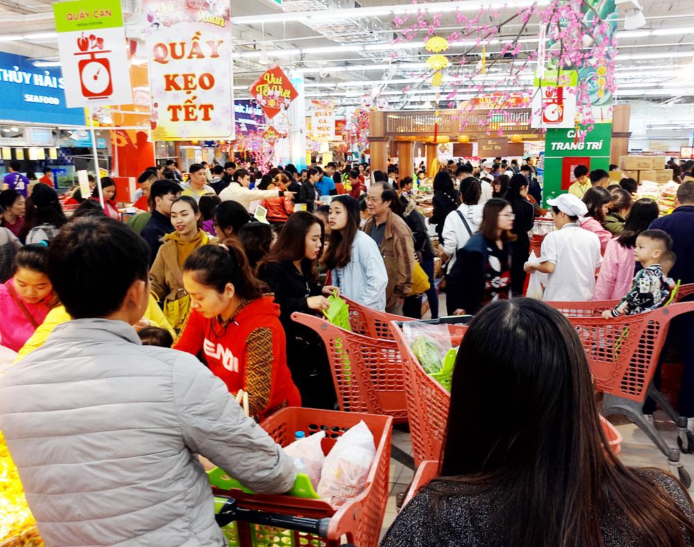Ngành dịch vụ tiêu dùng Việt Nam - Cơ hội và thách thức