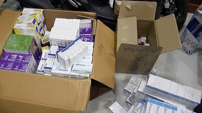 TP.HCM: Thu giữ số lượng lớn thuốc tân dược nghi nhập lậu trị giá hàng tỷ đồng