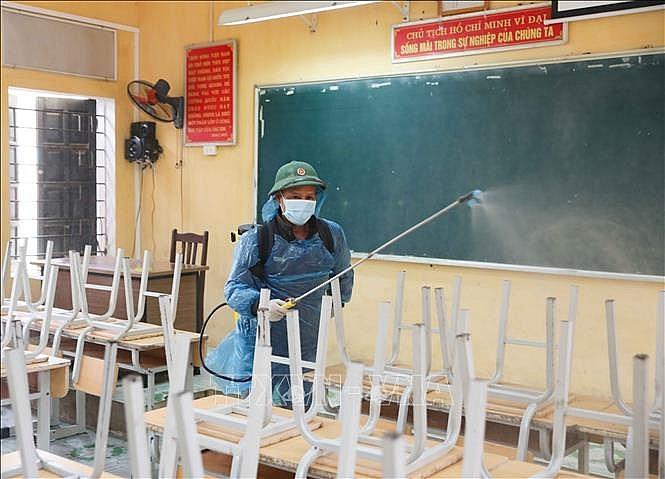 Học sinh, sinh viên Hà Nội tiếp tục nghỉ học đến hết ngày 5-4