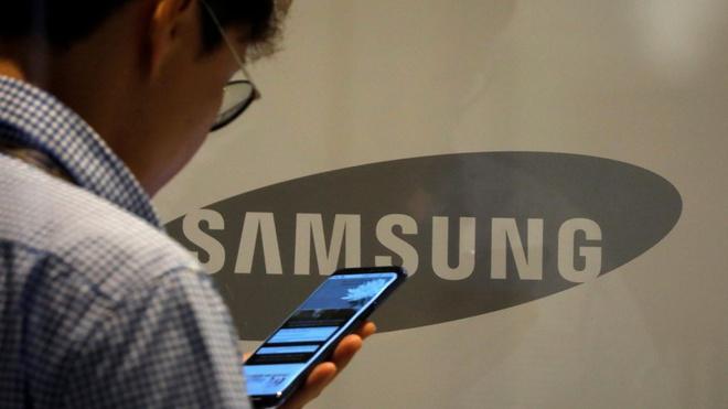 Samsung tiếp tục cắt giảm mạnh đơn đặt hàng linh kiện smartphone