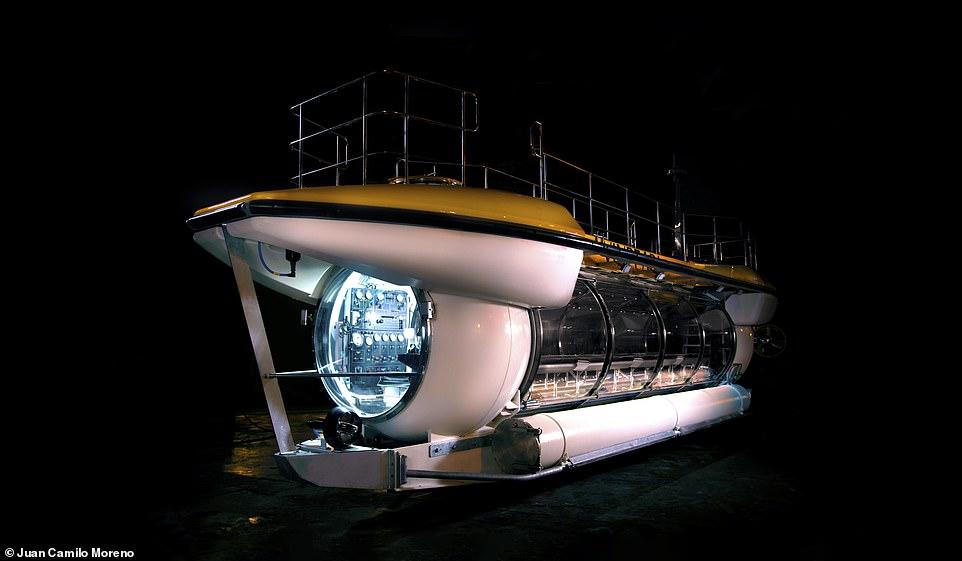 """Việt Nam sắp có tàu ngầm du lịch """"xịn"""" nhất thế giới?"""