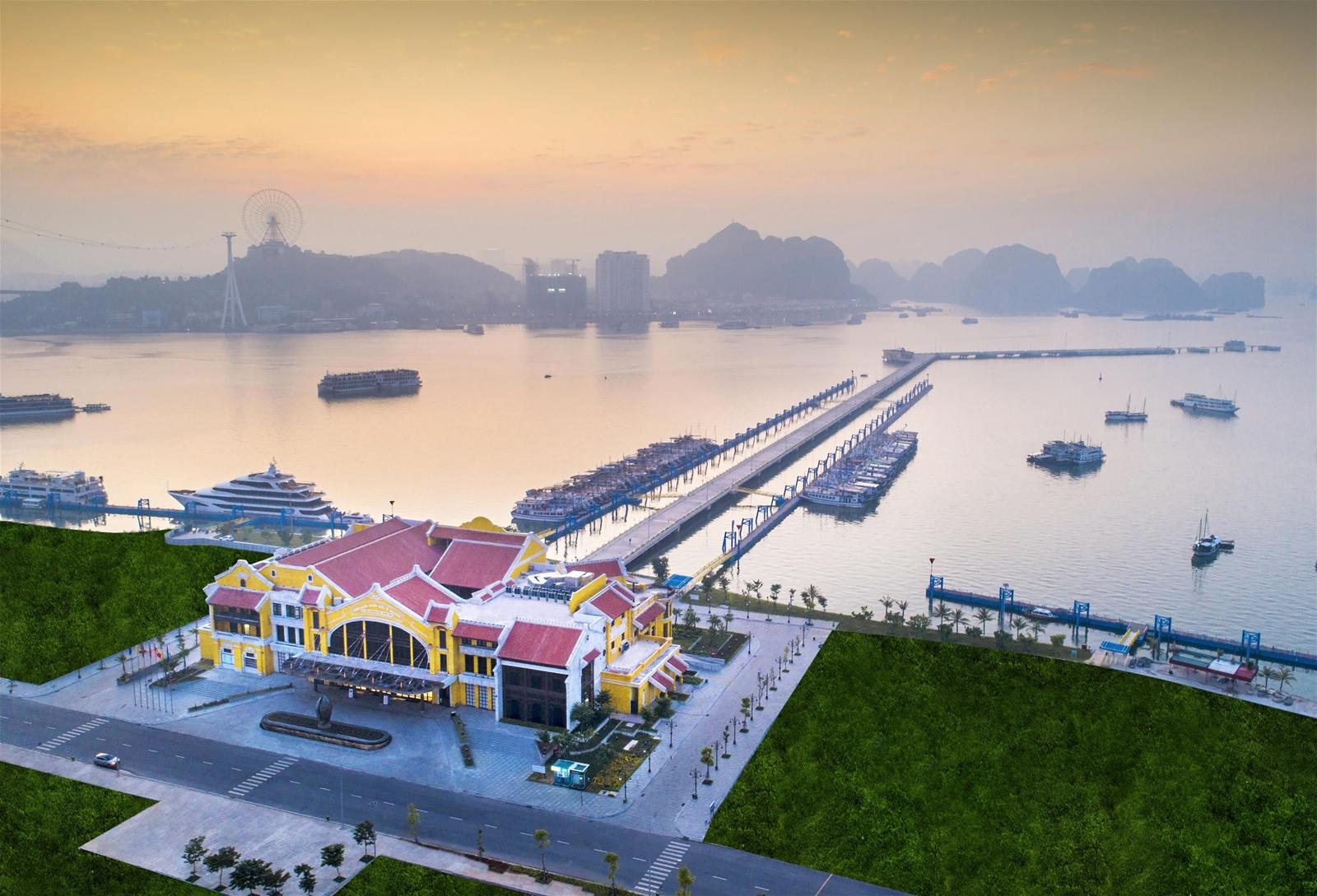 Miễn phí hành khách qua Cảng tàu khách quốc tế Hạ Long khi tham quan vịnh