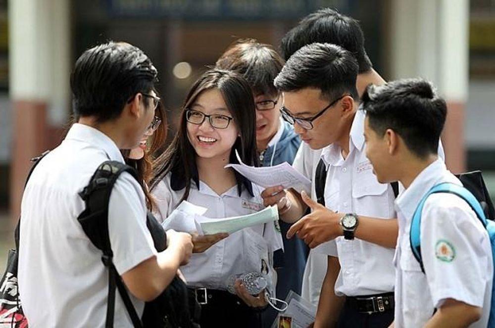 Tuyển sinh lớp 10 tại Hà Nội: Không quy định cứng về khu vực tuyển sinh