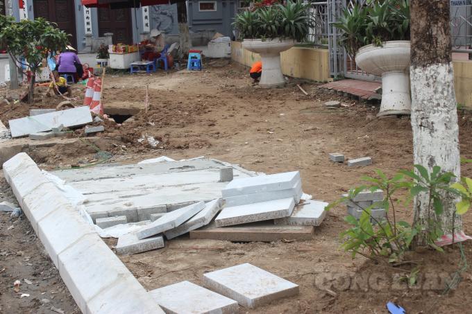Hà Nội: Tránh lặp lại những sai phạm trong việc lát đá vỉa hè