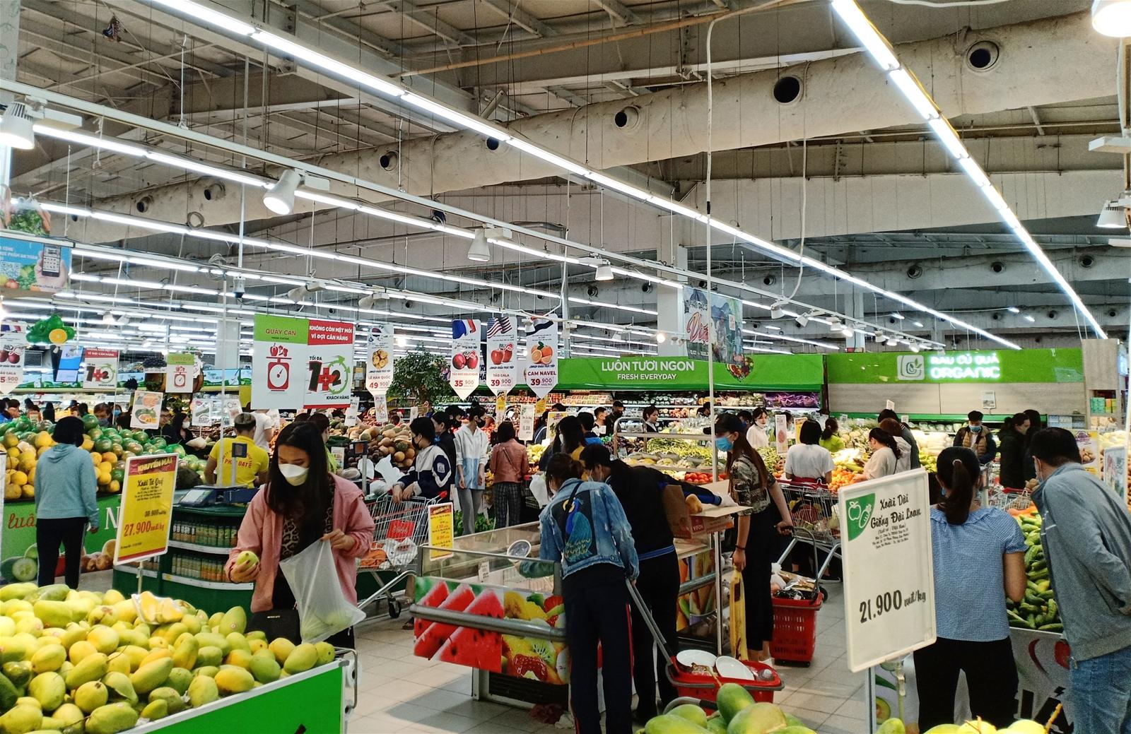 Bài toán phát triển thị trường nội địa và kích cầu tiêu dùng