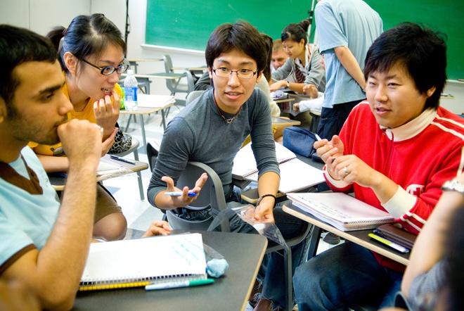 Bộ GD&ĐT đề xuất các chuyến bay đón du học sinh Việt Nam từ Mỹ về nước