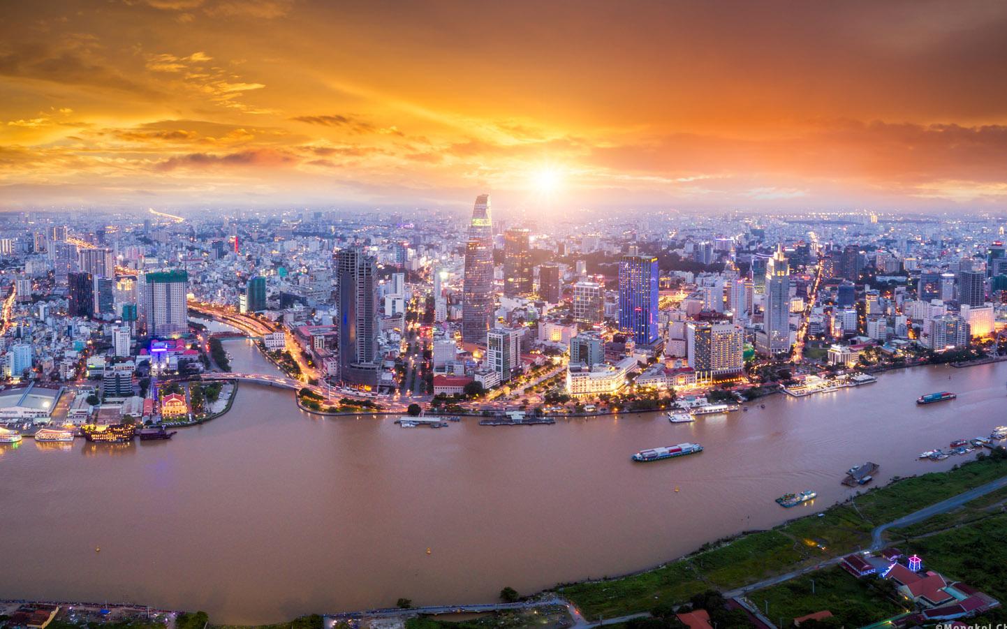 Hai yếu tố giúp kinh tế Việt Nam vượt khủng hoảng Covid-19 nhanh hơn