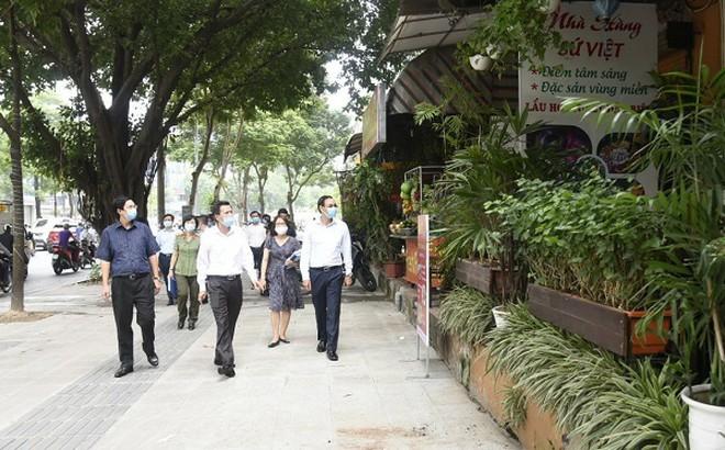 Phó Bí thư Thành ủy Hà Nội thị sát việc phòng chống Covid-19
