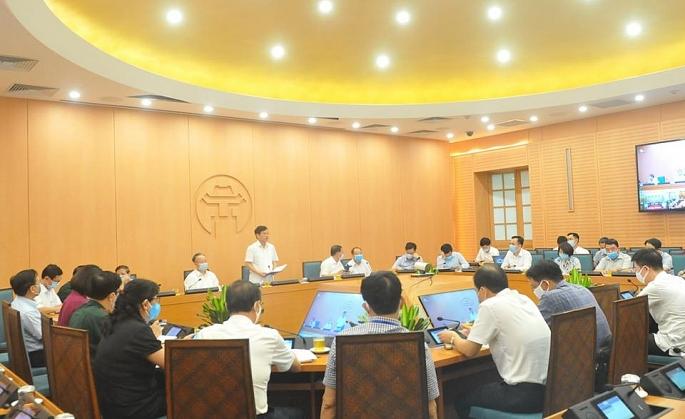 Quận Hoàn Kiếm xử phạt 140 trường hợp không đeo khẩu trang nơi công cộng