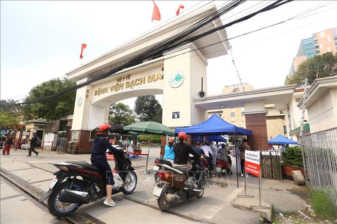 Hạn chế chuyển tuyến người bệnh lên khám, chữa bệnh tại Bệnh viện Bạch Mai