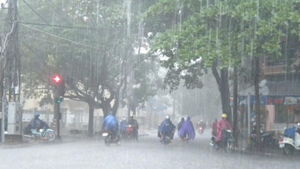 Đêm nay và ngày mai (28/3): Hà Nội có thể hứng mưa đá, gió giật mạnh