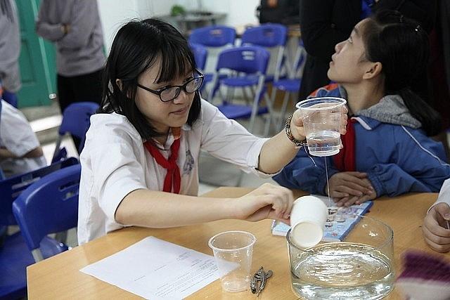 Tạo điều kiện thuận lợi để học sinh, giáo viên có đủ quỹ thời gian học tập
