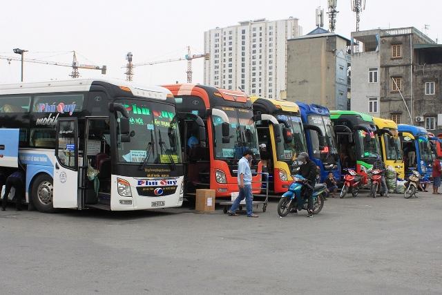 Từ 1/4, dừng hoạt động toàn bộ xe khách, taxi, buýt và xe hợp đồng