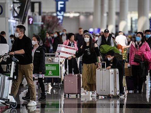 Hành khách bị huỷ vé máy bay sẽ được hoàn tiền như thế nào?