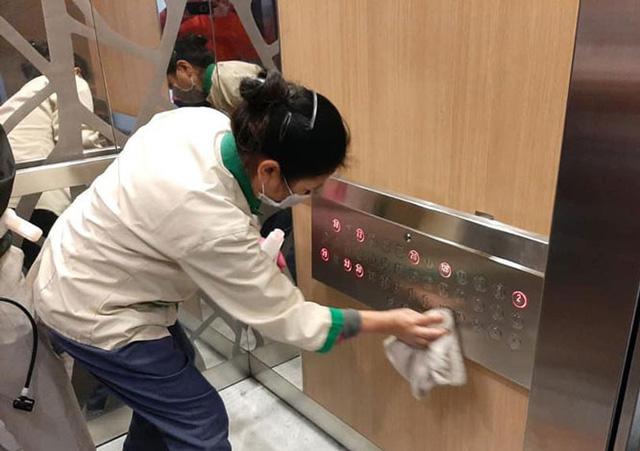 Đồng loạt ngăn chặn virus corona ở các khu chung cư tại Hà Nội