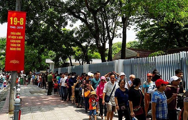 Hơn 270 nghìn lượt khách thăm Hà Nội dịp nghỉ lễ Quốc khánh