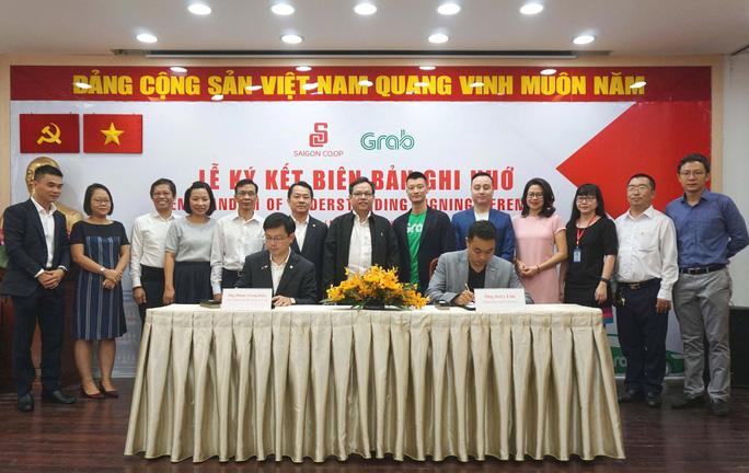 Saigon Co.op và Grab hợp tác triển khai giao hàng GrabExpress và GrabFood