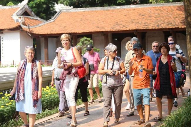 Dịch Covid-19 nhưng khách châu Âu đến Việt Nam vẫn tăng