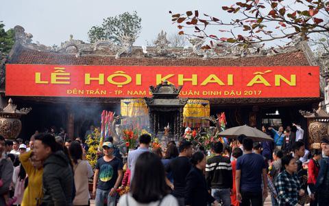 Nam Định dừng Lễ hội Khai ấn đền Trần 2020 để đề phòng dịch Corona