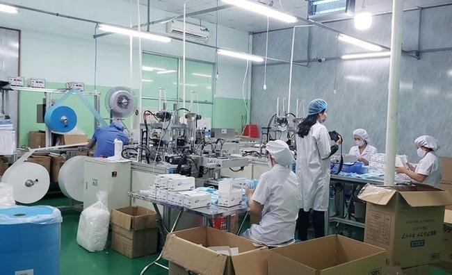 Chỉ được cấp phép xuất khẩu 25% lượng khẩu trang y tế thời dịch Covid-19