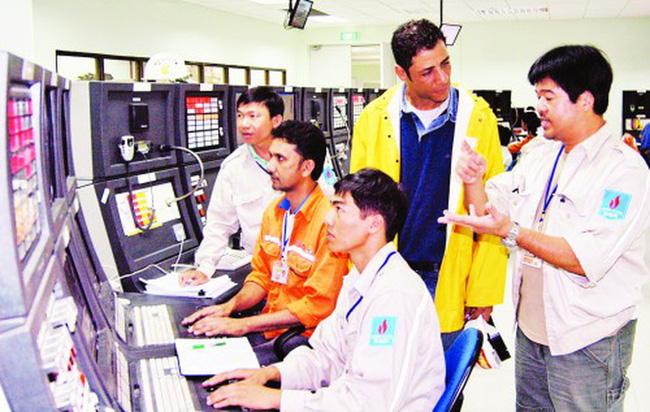 Hơn 21.600 lao động nước ngoài chưa quay trở lại Việt Nam vì Covid-19