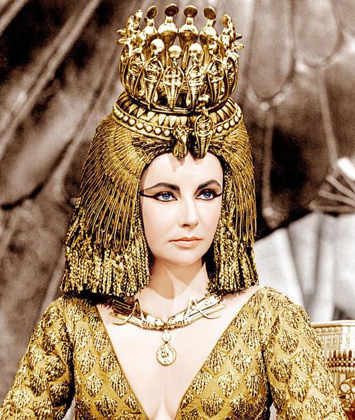 Biến tấu đặc biệt từ công thức làm đẹp của nữ hoàng Cleopatra