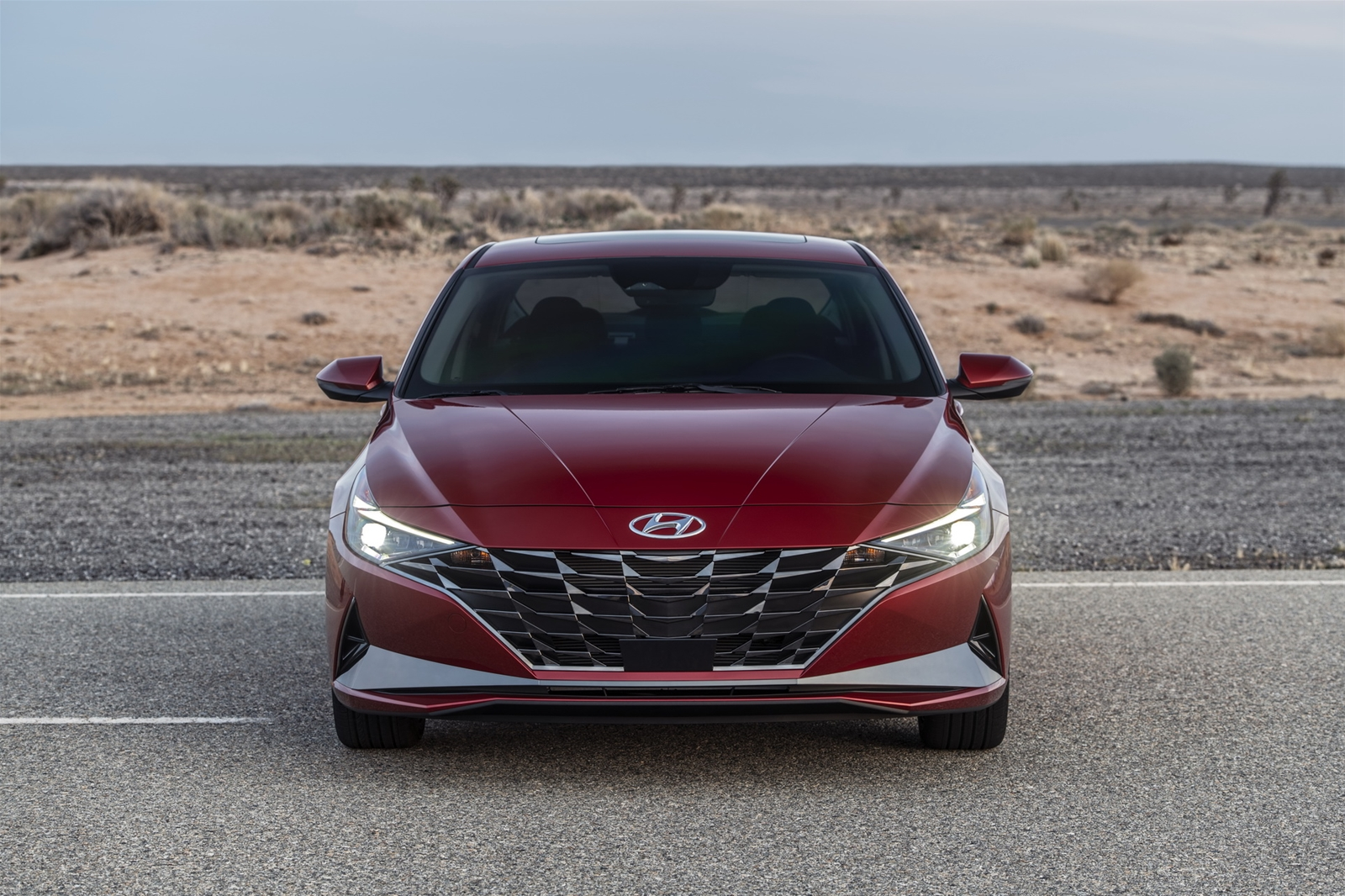 Hyundai Elantra 2021 lột xác