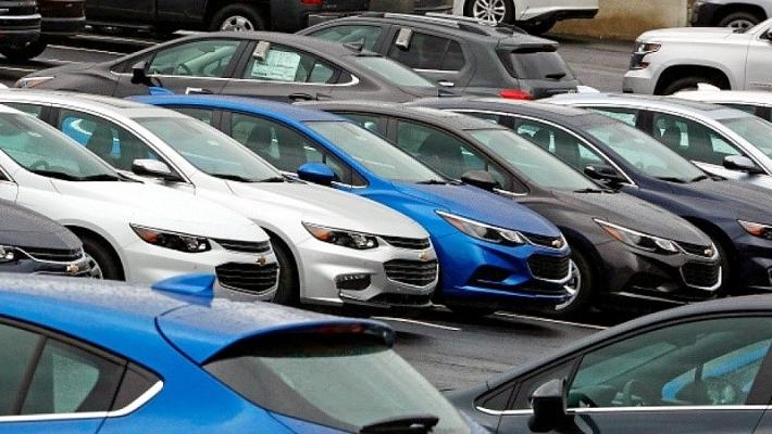 Nhập khẩu ô tô tăng 229% so với năm ngoái