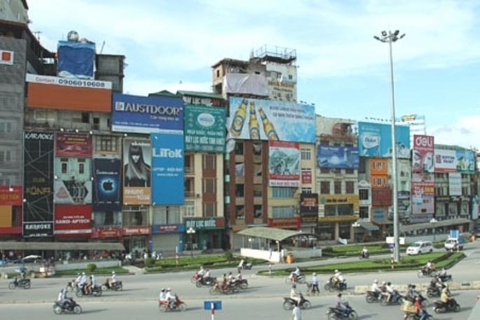 Hà Nội: Tăng cường kiểm tra, xử lý vi phạm trong hoạt động quảng cáo