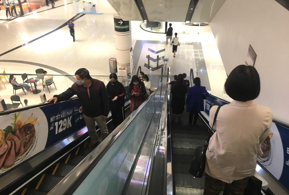 Phòng, chống Covid-19 khi đến trung tâm thương mại, khu du lịch như thế nào?