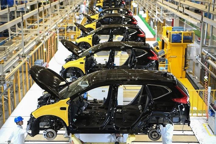 Sản xuất ô tô toàn cầu giảm 1,4 triệu xe vì ảnh hưởng của dịch Covid-19