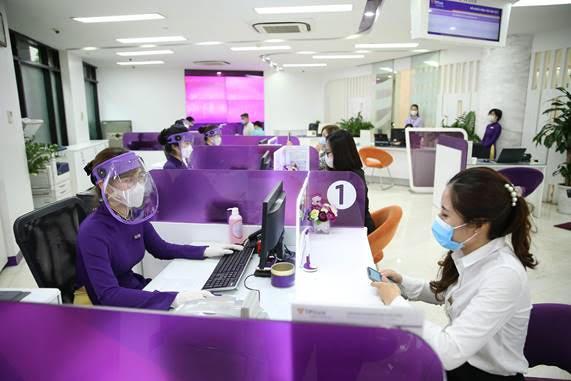 Hơn 12.000 tỷ đồng hỗ trợ khách hàng đang được TPBank gấp rút triển khai