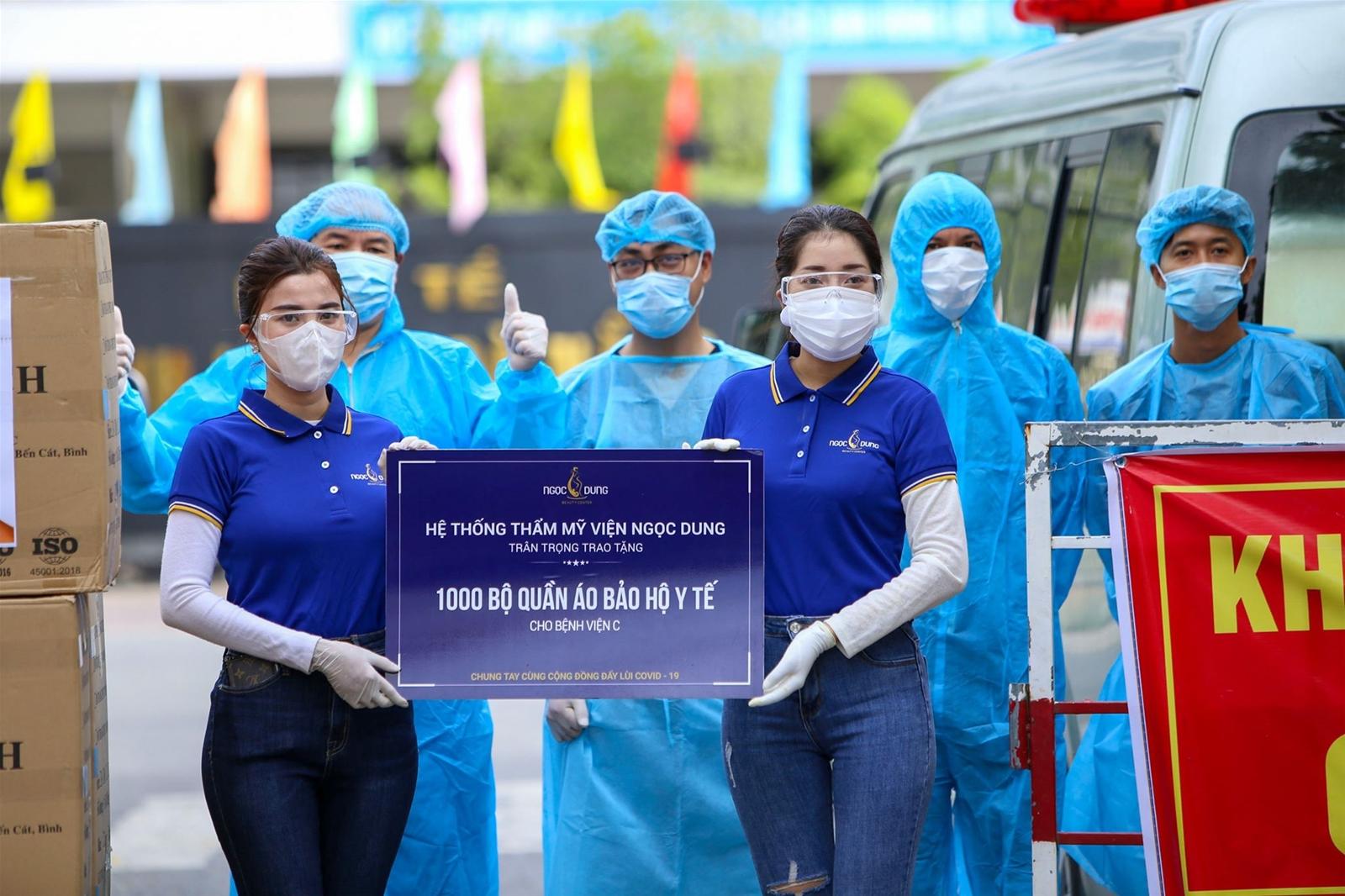 Hệ Thống Thẩm mỹ viện Ngọc Dung ủng hộ 7.000 bộ đồ bảo hộ ứng cứu Đà Nẵng