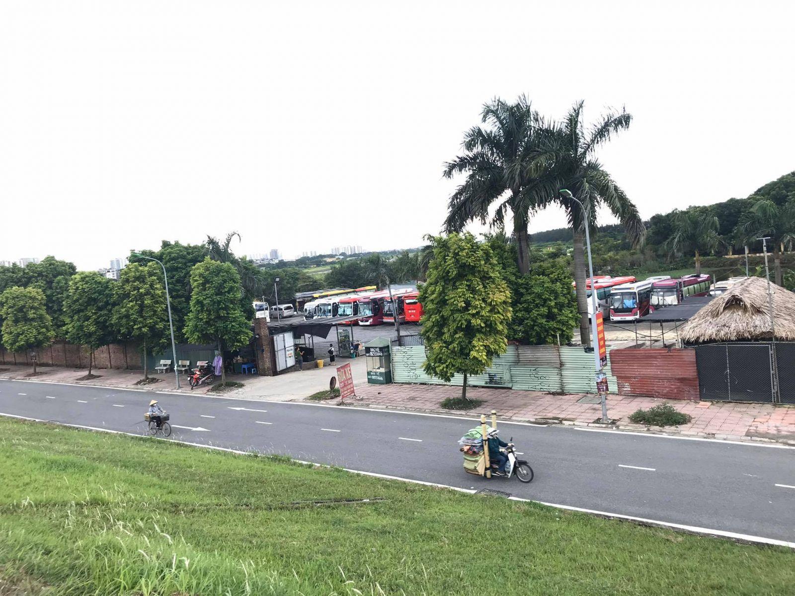 Hé lộ hàng loạt vấn đề tại điểm trông giữ xe trái phép tại phường Long Biên