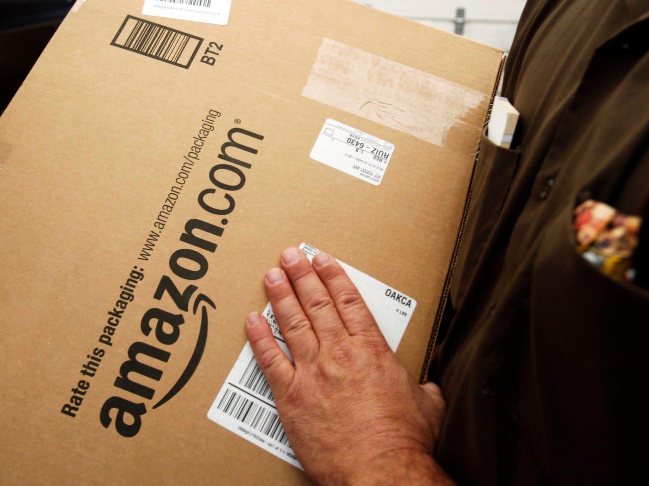 Amazon được gì khi lợi nhuận giảm?