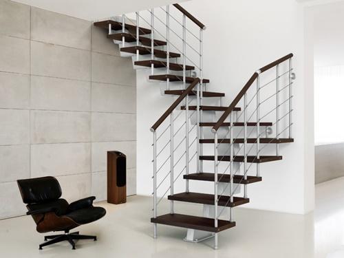 Thiết kế lan can cầu thang như thế nào là an toàn?