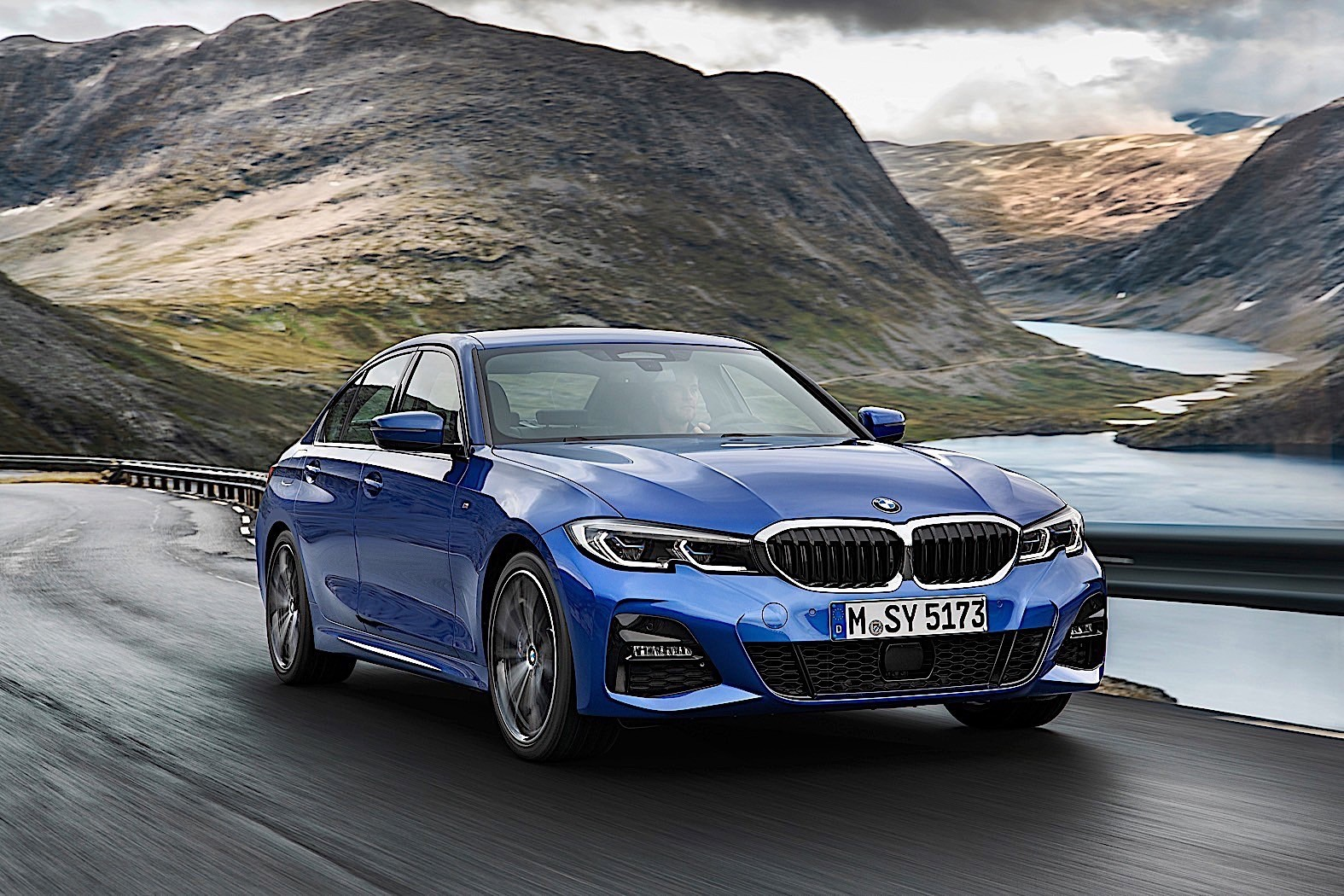 Giá xe ô tô BMW tháng 3/2020: Nhiều ưu đãi hấp dẫn