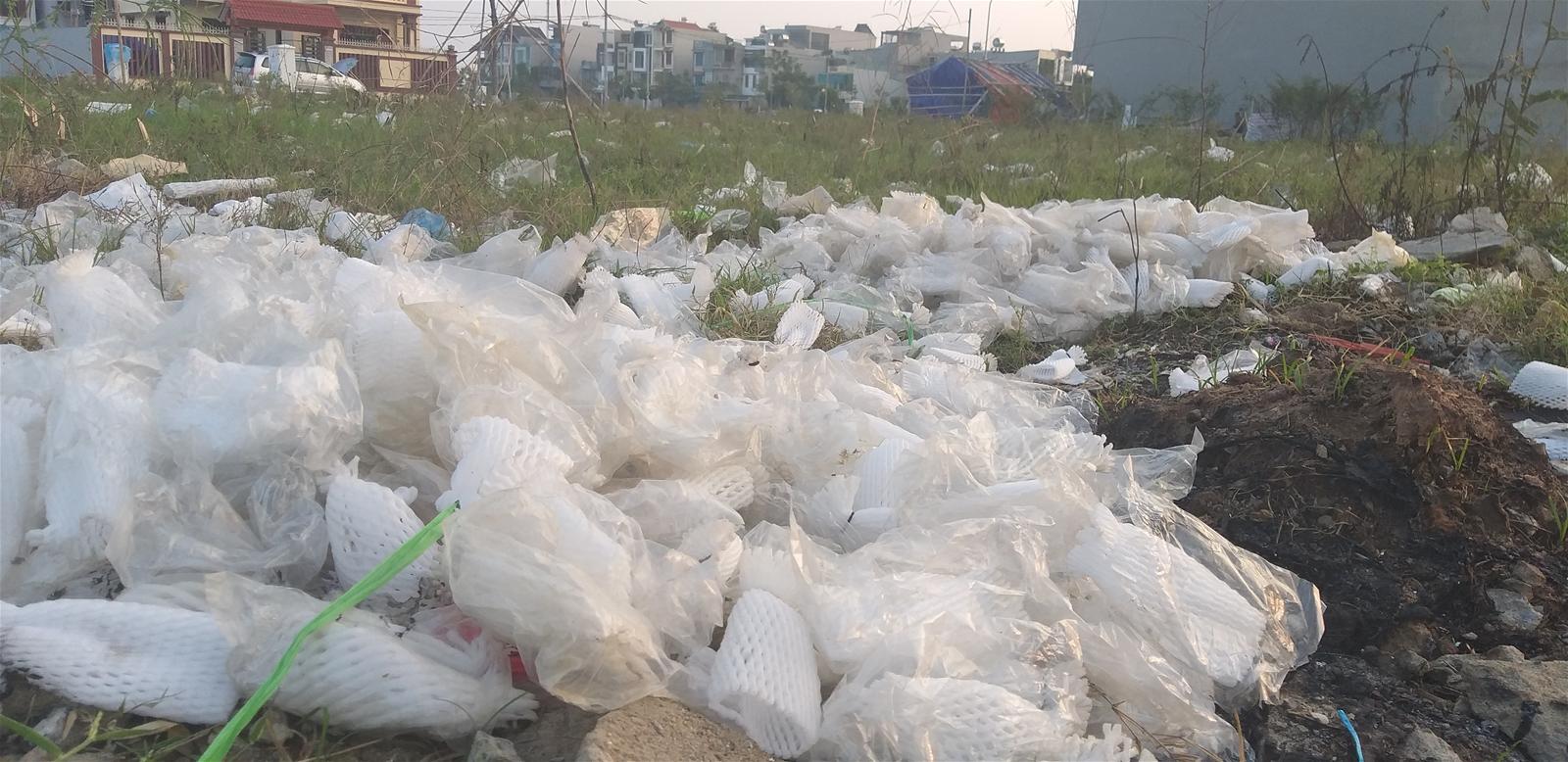 Thanh Hóa: Dân khốn khổ vì rác thải từ chợ tự phát