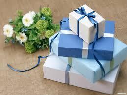 Những món quà nên tặng đồng nghiệp nữ ngày 8/3/2020
