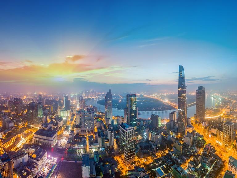 Kinh tế Việt Nam 2021: Đủ sức mạnh để vươn lên thành